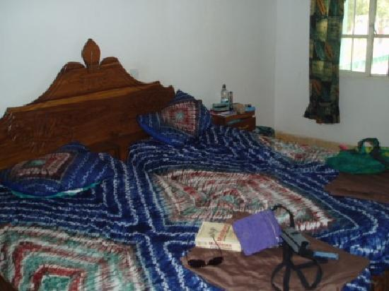 Kaira Konko Lodge and Scout Centre: A bedroom