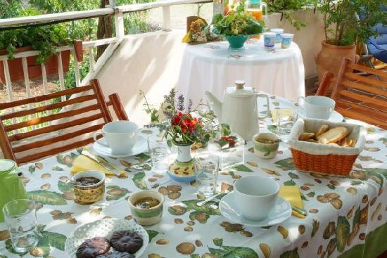 Giogaia Bed & Breakfast: Colazione