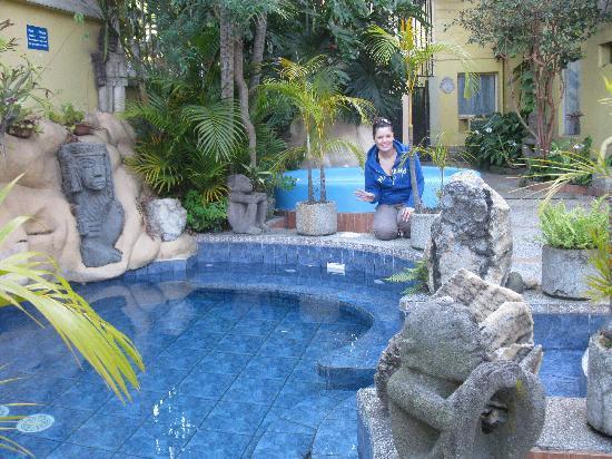 Hotel Don Carlos: Plutôt un bain quUne piscine