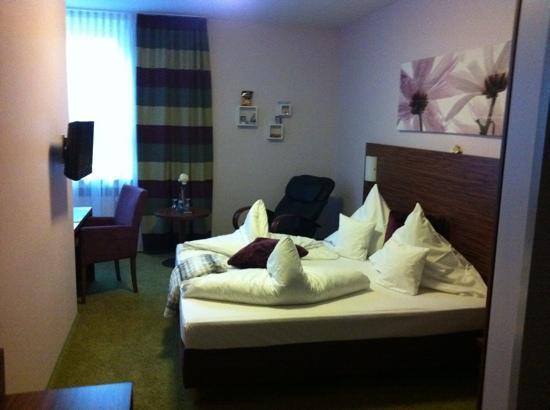 Gersthofer Auszeit - Hotel & Apartments: standard room