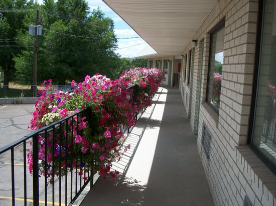 Manti Country Village Motel: Outside view