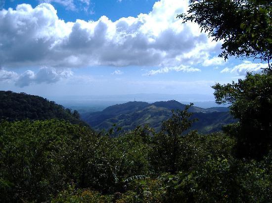 Cabanas La Pradera: view from nearby