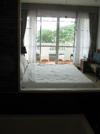 Independence Hotel, Resort & Spa: view from the bath room