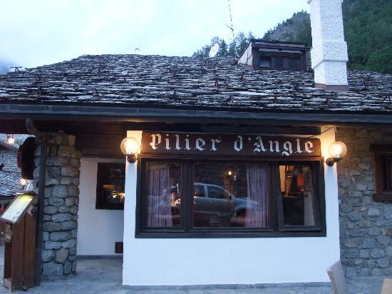Hotel Pilier d'Angle: ホテル ピリエール・ダングル