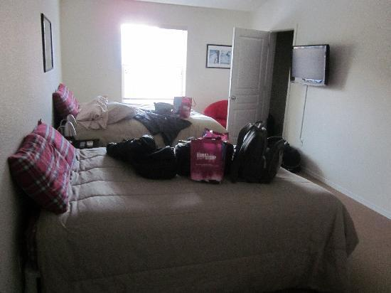 Collins Lake Resort: another room with two beds