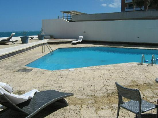 San Juan Beach Hotel: The Hotel pool - never busy