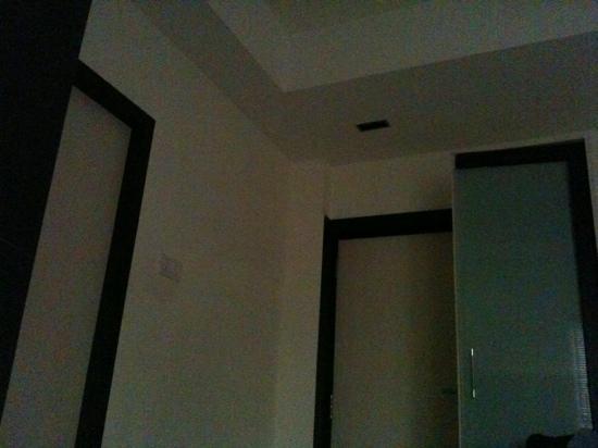 Treebo Hive: inside of the room