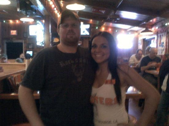Hooters West Monroe: after a great supper