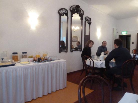 Hotel Europa: Fruehstuecksraum