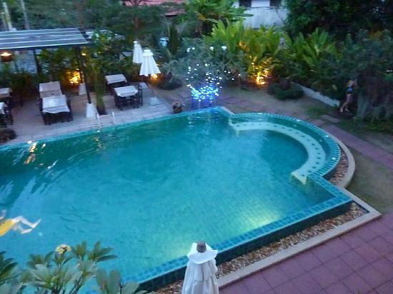 Monaburi Boutique Resort: Pool