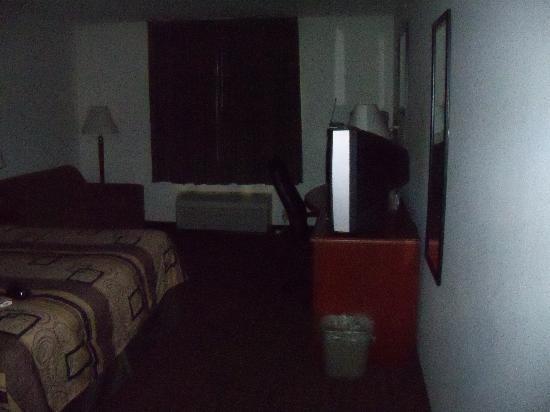 سلييب إن: The room