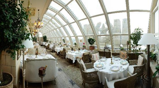 Radisson Royal Hotel Moscow: Italian Restaurant Buono - to your feet is the city of Moscow, the view is simply breath-taking
