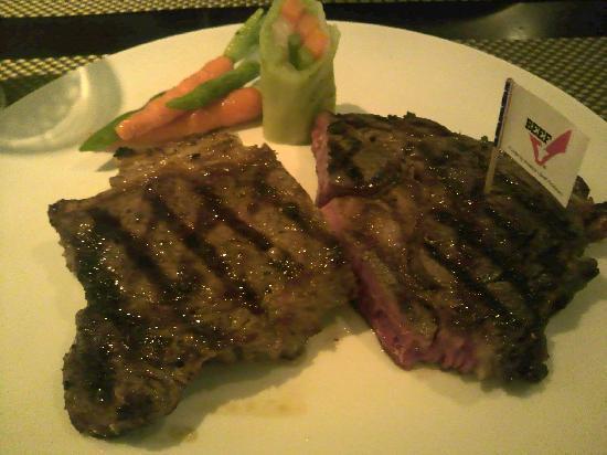 Gustavaus Steak Lounge: アンガスビーフ