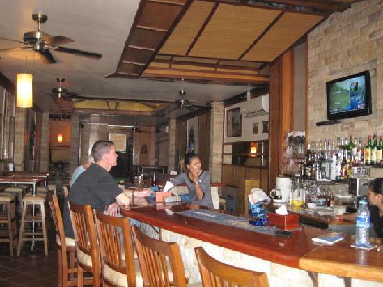 Sundance Riverside Hotel: Bar/restaurant
