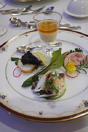 Claris: レストラン・アミューズ