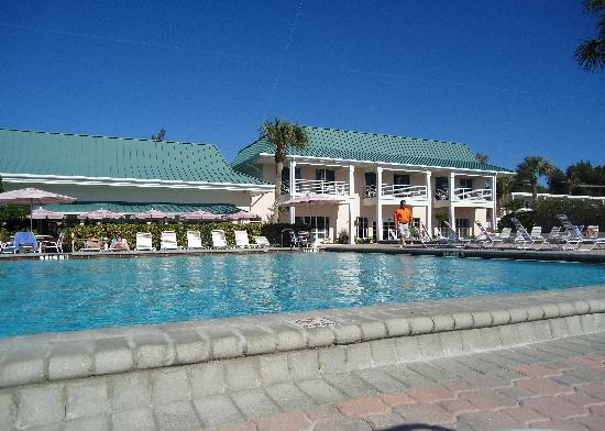 Sandcastle Resort at Lido Beach: Charming layout