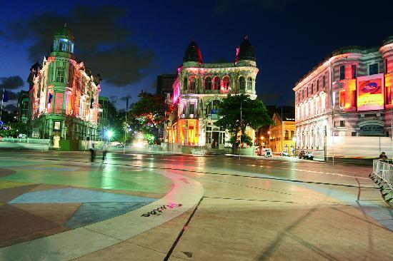 État de Pernambuco : The Rio Branco Square was where Recife was founded. Photo: Secretaria de Turismo do Recife