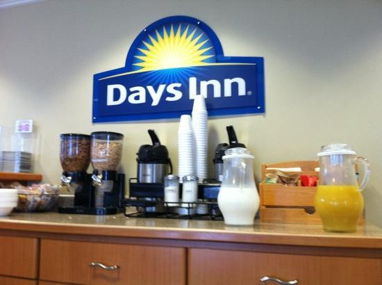 Days Inn South Lake Tahoe : breakfast