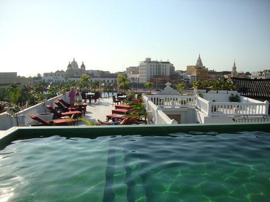 Hotel Monterrey: Nueva Piscina