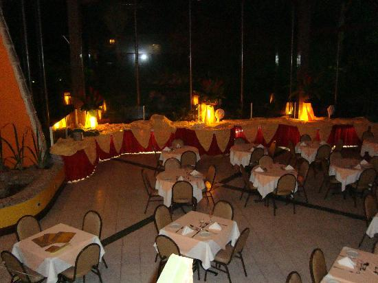 بست وسترن شاليمار برايا هوتل: Restaurante
