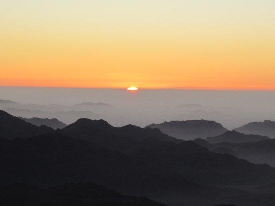 Mount Sinai: First sight of the sun