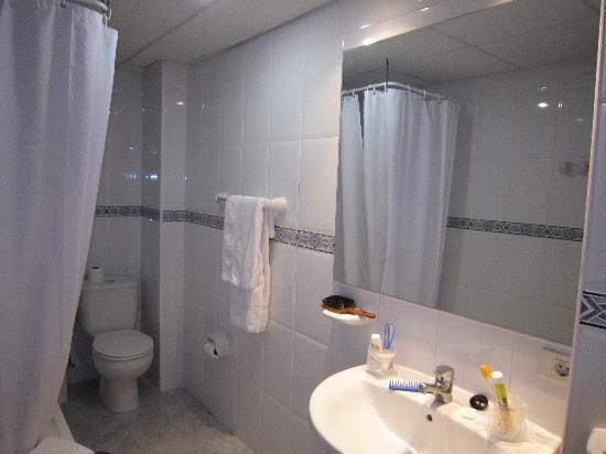 Hotel Atlanta : cuarto de baño
