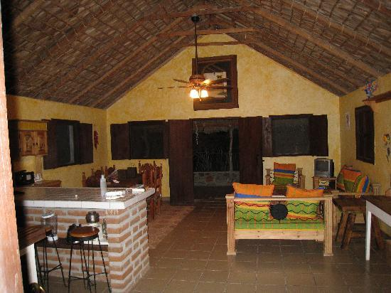 Casa Rancho: great room