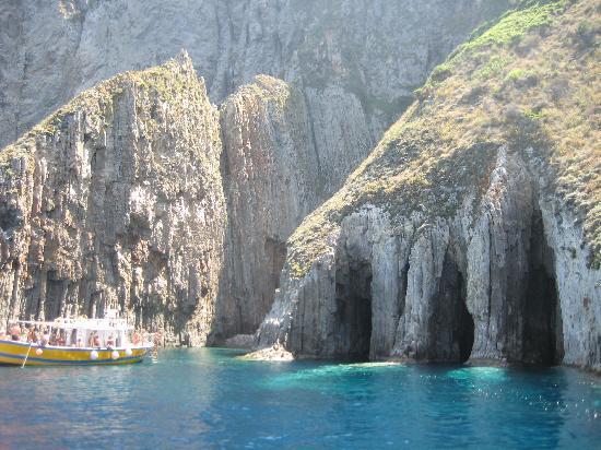 Ponza Island, Italy: Palmarola