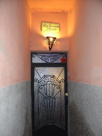 Riad Les Lauriers Blancs : the front door
