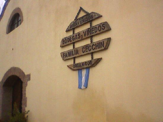 Cecchin: Frente de la bodega.