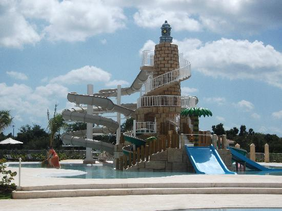 Weare Cadaques Bayahibe Hotel: piscina