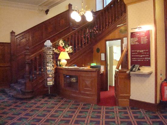Bay Tarbet Hotel: reception