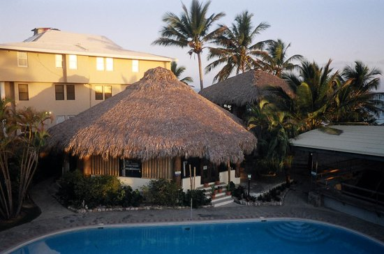 Zendo Fitness Cabarete: pic of gym from outside