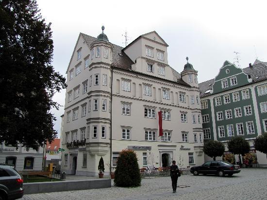 Der Fürstenhof: Hotel facade