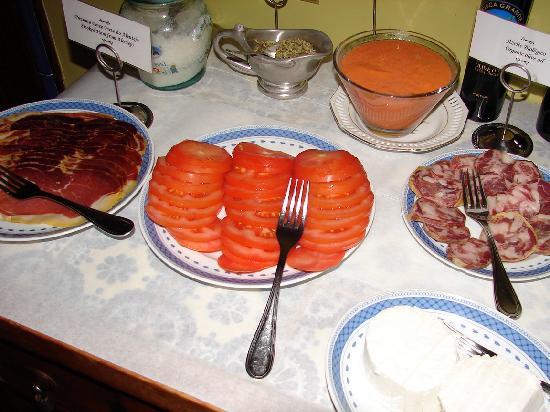 Albergaria do Calvario: the best breakfast...ever!