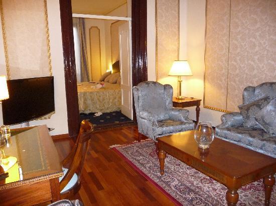 Hotel Roger De Lluria Barcelona: Living room