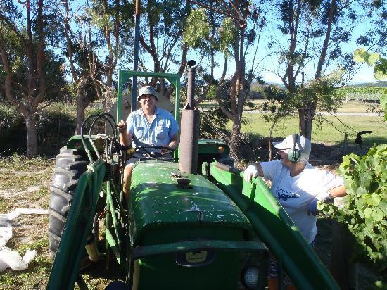Riverstone Lodge : John and Raewyn hard at work