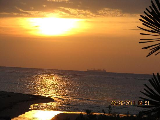 Punta Riviera Resort: Sunset Shot