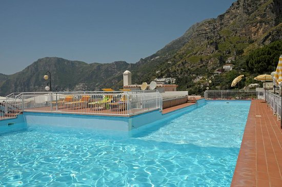 Hotel Tramonto d'Oro: Swimming pool
