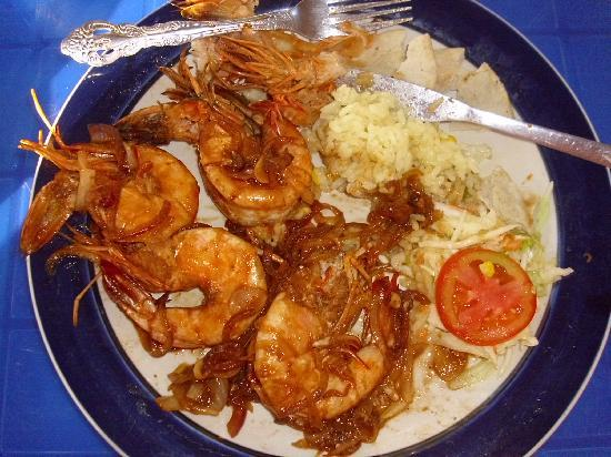 Azul Surf Club: Big shrimps !