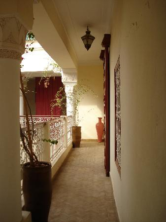 Origin Hotels Riad El Faran: Pasillo