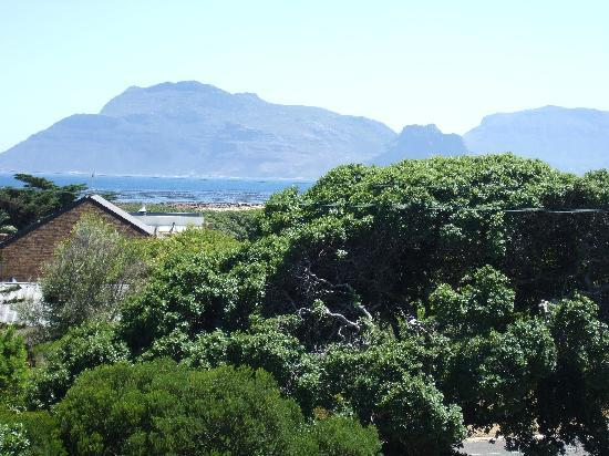 39 Lighthouse Road: Balcony view towards Table Mountain