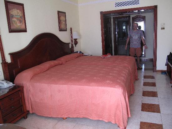 ClubHotel Riu Negril: interno camera