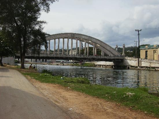 Matanzas, Cuba: One of many bridges