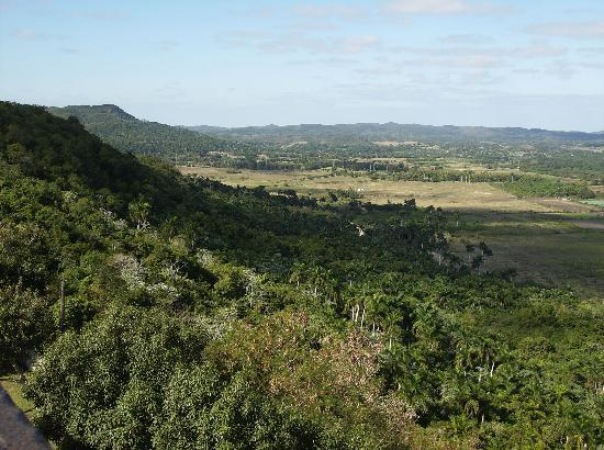 Matanzas, Kuba: Yamuri Valley from Monserrate