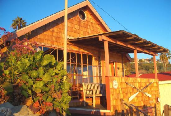 Crystal Cove Beach Cottages: The Dive Shack.