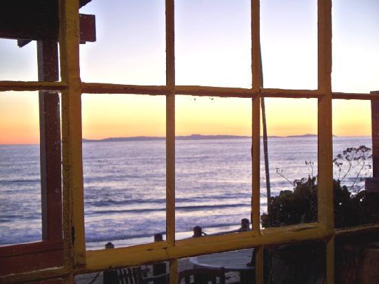 Crystal Cove Beach Cottages: View from the living room.