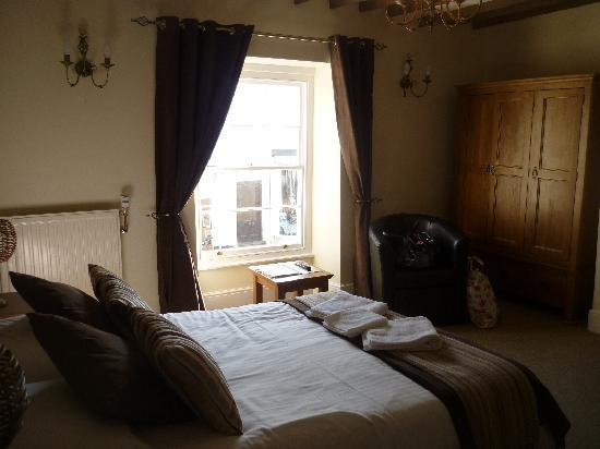 Molesworth Arms Hotel: Our Room