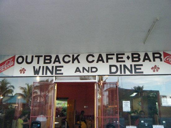 Coastal Inland Restaurant & Bar: bula all