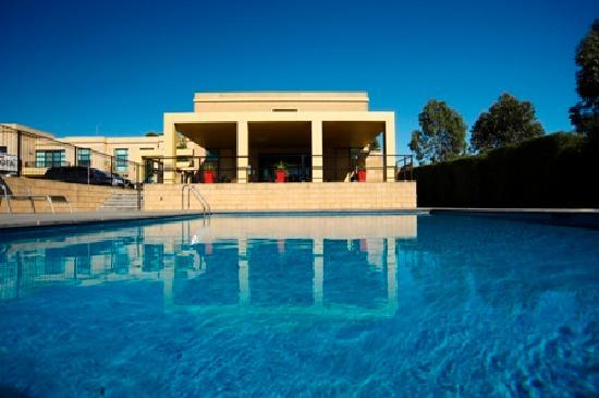 Quest Narre Warren: Cool off in the summer months with a quick dip